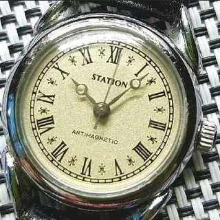 Station Antimagnetic 古董錶,原裝面,羅馬字,無番寫,原裝上鏈機芯,已抹油,行走精神,錶頭25mm不連的,淨錶$400