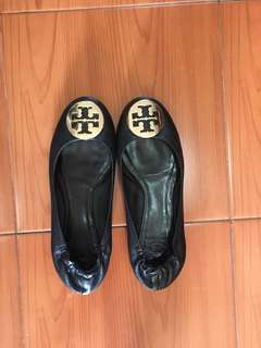 Tory burch flats authentic!