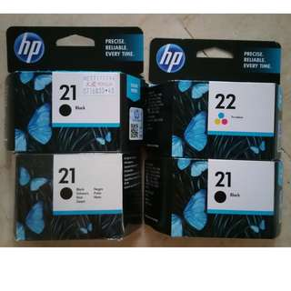 A lot of 4 CARTRIDGES HP 21 & 22 (worth 65$)