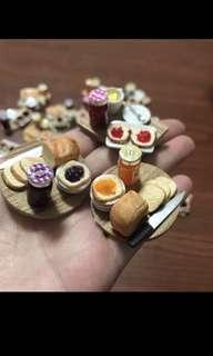 Handmade Miniature : Breakfast Set ( Toast Bread & Jem with the drink )