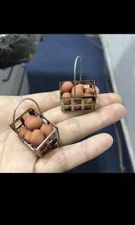 Handmade Miniature : Eegs on Aluminium Basket