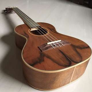 Ukulele Tiki TDT-4NST fitted with Aquila Strings