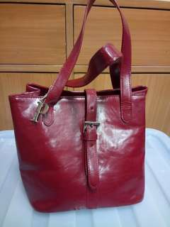 Pre-loved Leather Perllini Bag