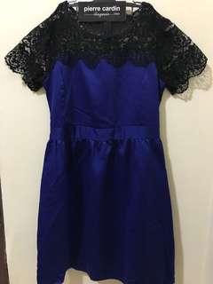 Web-blue dress