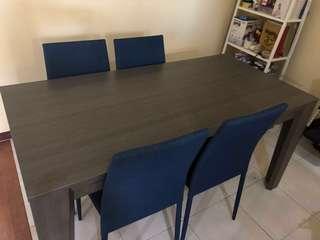 Meja makan + kursi makan