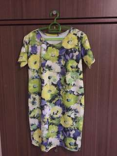 Pre-loved T-shirt Dress (Floral Print)