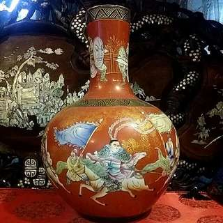 Chinese Vintage Antique Big Porcelain Handpainted Vase