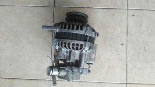 Alternator 4D56 90A