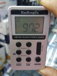 POCKET SIZE DIGITAL AM/ FM RADIO