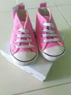 Sepatu airwalk size 3 NEW WITH TAG
