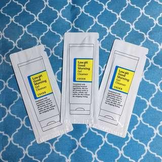 Low pH gel cleanser sampler size