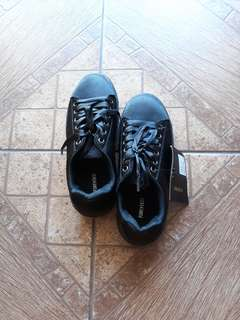 Brand new Forever21 Black shoes