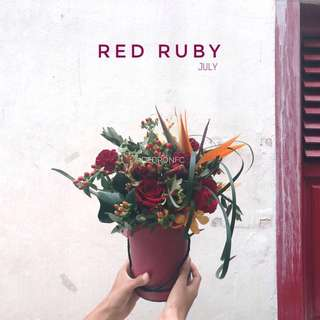 🚚 July Bucket - Red Ruby
