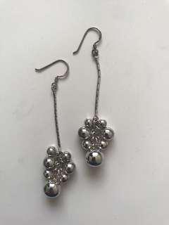 Sterling silver dangly earring