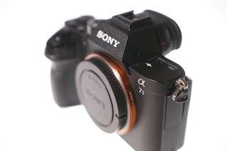 🚚 Sony A7S2