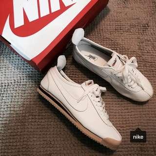 🚚 Nike Wmns Cortez72