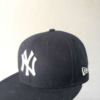 New Era Yankees Fitted Cap size 7 1/2