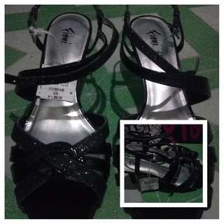 Fioni Black Sandals