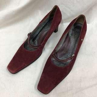 🚚 皮爾卡登 尖頭時尚 麂皮 酒紅色 跟鞋 古著 二手