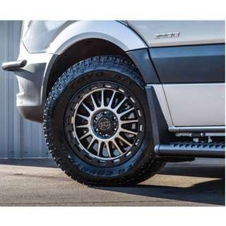20inch SPORT RIM 4x4 BLACK RHINO REVOLUTION WHEELS