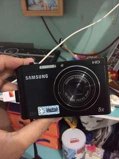 Samsung Camera Digital - Front LCD DV100