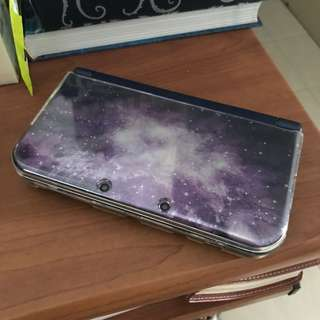 Nintendo 3DS XL in Galaxy (PLUS ADDITIONAL GAME BUNDLE)