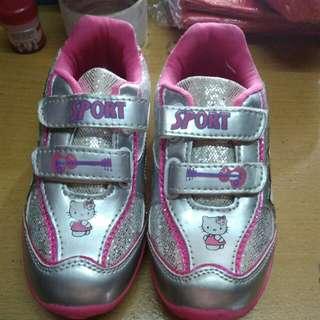 Sepatu anak ori