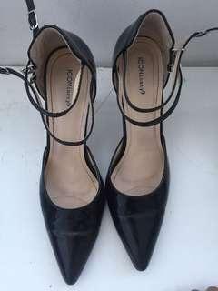 Iconninety9 shoe