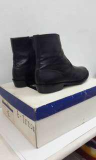 Beatles brand leather boots