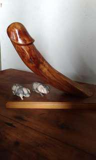 🚚 售   黃檜藝品,高35*寬40公分