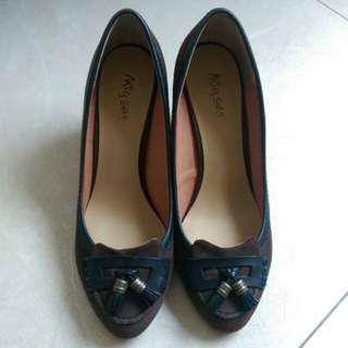 🚚 降🎊Miss Sofi 流蘇款麂皮楔形高跟氣質女鞋