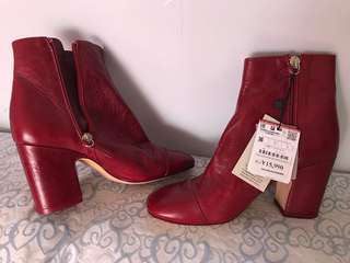 Zara ankle boot (new)