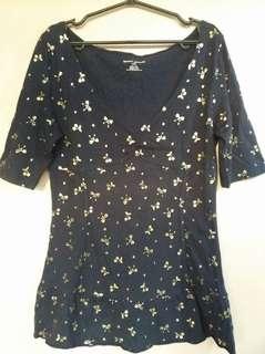 DKNY printed blouse (EUC)