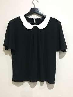 Black short sleeve top with Peter Pan collar