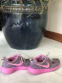 Authentic Nike Roshe Run One