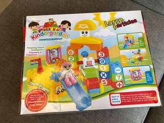Bricks / Blocks Building Toys