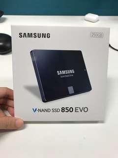 🚚 Samsung SSD 850 EVO HardDisk 250GB