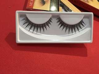 Morrise Eyelashes