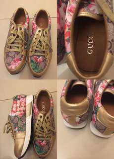 Gucci Floral Mirror authentic