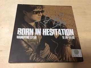 汪峰 - 亲笔签名 生来彷徨 2CD Wang Feng Born in Hesitation