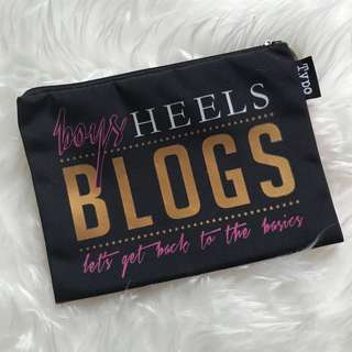 🖤 Typo pencil case Boys Heels Blogs Let's get back to the basics