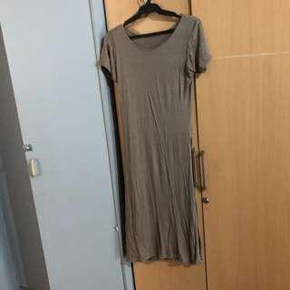 Dress with slit both sides