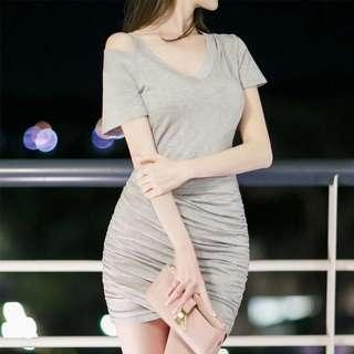 Minimei追加款✪韓系韓版歐美風百搭休閒性感V領兩穿吊帶露肩修身包臀褶皺短袖短裙連衣裙