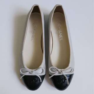 Authentic Chanel Classic Ballerina Flats