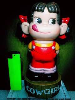 中古絕版:牛奶妹錢罌(可當擺設),新舊如圖,$48,有意請pm
