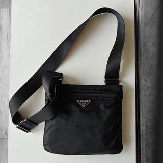 Authentic Prada Vela Nero BT0420