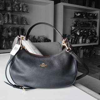 Authentic Coach Harley East/West Hobo In Pebble Leather F38250