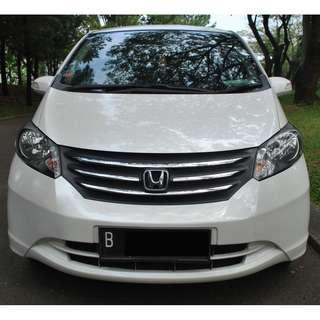 Honda Freed PSD AT 2010 warna  , Leads You Ahead
