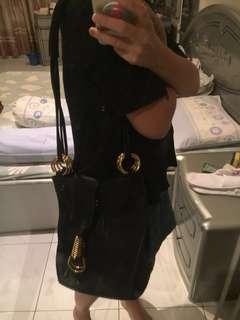 Handbag black gold hardware