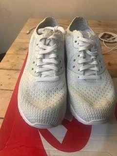 BRAND NEW: Women Nike Air Max 90 Ultra 2.0 Flyknit